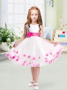 Decent White A-line Scoop Sleeveless Tulle Knee Length Zipper Appliques and Belt Flower Girl Dress