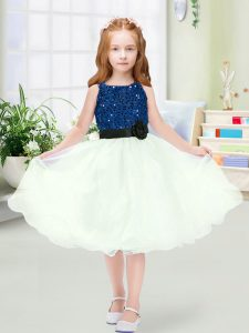 Fantastic Blue And White Scoop Zipper Sequins and Hand Made Flower Flower Girl Dresses for Less Sleeveless