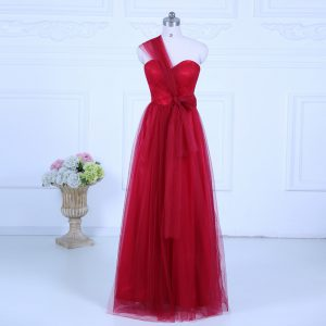Beautiful Wine Red Quinceanera Court of Honor Dress Wedding Party with Ruching One Shoulder Sleeveless Zipper