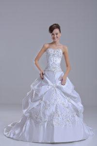 Taffeta Sweetheart Sleeveless Brush Train Lace Up Beading and Pick Ups Wedding Gown in White