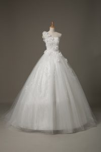 Best White Ball Gowns One Shoulder Sleeveless Tulle Brush Train Lace Up Beading and Lace and Hand Made Flower Wedding Dr