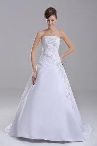 Lace Up Bridal Gown White for Wedding Party with Embroidery Brush Train