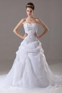 White Wedding Dresses Sweetheart Sleeveless Brush Train Lace Up