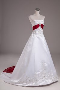 Shining Sleeveless Brush Train Beading and Embroidery Lace Up Wedding Gown