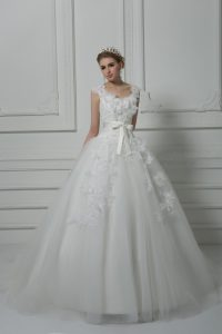 Modern White Lace Up Wedding Gown Lace and Appliques and Belt and Hand Made Flower Sleeveless Brush Train