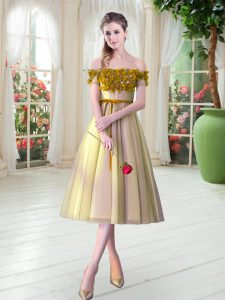 Trendy Gold Off The Shoulder Neckline Appliques Prom Dresses Sleeveless Lace Up