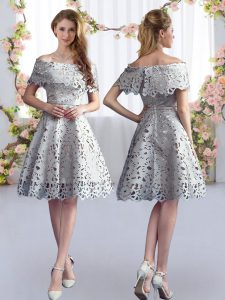 Knee Length A-line Short Sleeves Grey Court Dresses for Sweet 16 Zipper