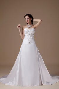 Popular A-line Sweetheart Wedding Dress with Embroidery for Cheap