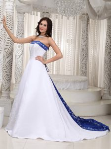 Romantic A-line Strapless Satin Wedding Dress with Embroidery for Cheap