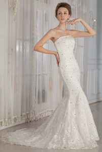 Luxurious Mermaid Strapless Lace Wedding Dresses with Shining Beading