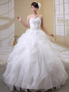 Most Popular Beaded Sweetheart Organza Wedding Dresses with Ruffled Layers
