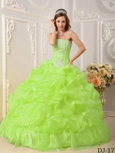 Wanted Yellow Green Strapless Dresses for Quinceanera in Organza with Beading