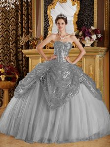 Dressy Grey Sweetheart Sequined Quinceanera Gowns