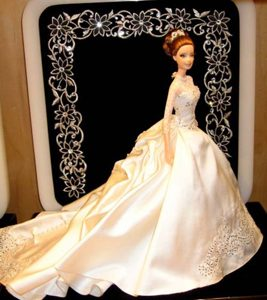 Fashion Appliques Barbie Wedding Dress With Chapel Train For Barbie Doll