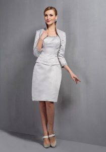 Gray Scoop Knee-length Mother Dresses for Wedding with Jacket and Beading