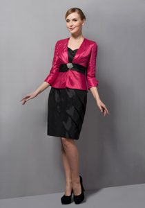 Hot Pink and Black 3/4 Sleeves Knee-length Ruched Mother Dress for Wedding