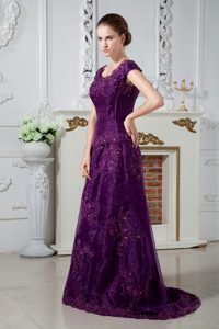 Scoop Straps Brush Train Dark Purple Mother of Bride Dress with Appliques