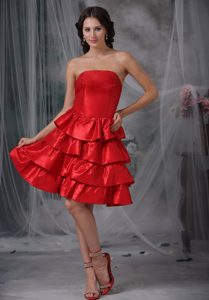 Strapless Knee-length Prom Evening Dresses with Ruffled Layers in Red