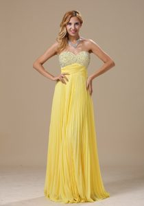 Inexpensive Sweetheart Prom Graduation Dress with Beads and Pleats in Yellow