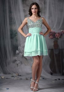 Apple Green Empire Short Chiffon Beaded Mini-length Prom Homecoming Dress