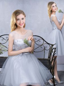Grey Tulle Lace Up Scoop Sleeveless Knee Length Quinceanera Court of Honor Dress Lace and Appliques and Belt