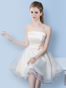 Pretty White A-line Bowknot Bridesmaid Gown Lace Up Tulle Sleeveless Knee Length