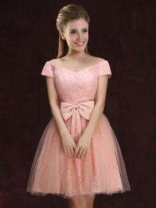 Off the Shoulder Peach Short Sleeves Lace and Bowknot Mini Length Vestidos de Damas