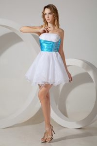 Customized Mini Length White Damas Dress Organza Sleeveless Beading