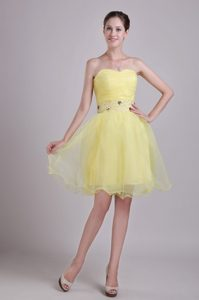 Yellow A-line Sweetheart Discount Organza Celebrity Party Dress with Ruches