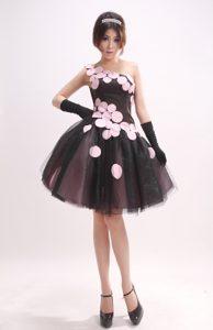 Popular One Shoulder Tulle Little Black Celebrity Party Dress with Appliques