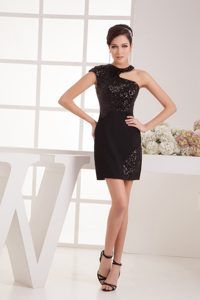 Sweet Little Black Satin Celebrity Party Dress with Asymmetrical Neckline