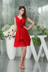 Wonderful V-neck Short Chiffon Celebrity Party Dresses for Less under 150