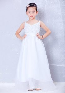 V-neck Long and Organza Cinderella Pageant Dress with Beading