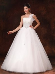 Latest One Shoulder Organza Bowknot Beaded Dress for Wedding with Lace-up
