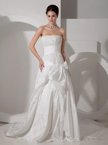 Stunning Strapless Appliqued Bridal Gown with Court Train in with Beading