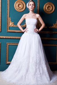 Exquisite Strapless Court Train Organza and Lace Wedding Dresses for Spring