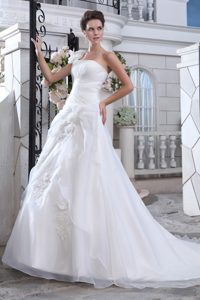 One Shoulder Court Train Organza Ruched 2013 Impressive Wedding Gown