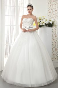 2013 Best Seller Strapless Long Tulle Dress for Brides with Bowknot