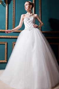 Popular Sweetheart Lace-up Long Tulle Wedding Dresses with Beading