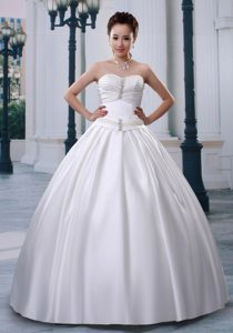 Wonderful A-line Sweetheart Ruched and Beaded Wedding Reception Dress