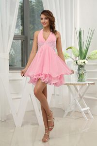 Halter Top Pink Mini-length Chiffon Homecoming Cocktail Dresses with Appliques