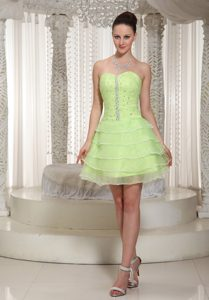 Yellow Green Beaded Sweetheart Cocktail Dress for Celebrity with Lace-up Back