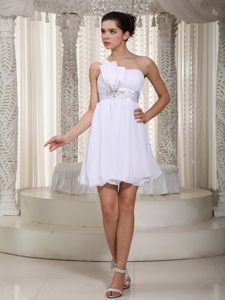 2014 White One Shoulder Mini-length Chiffon Beaded Homecoming Cocktail Dress