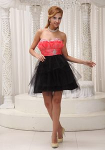 Red and Black Lovely Beaded and Ruched Sweetheart Mini-length Cocktail Dress