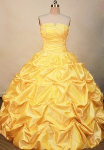 Provocative Yellow Quinceanera Dresses to Floor Length in with Pick-ups