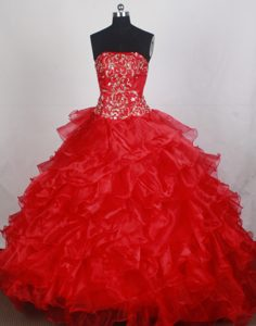 Beautiful Strapless Red Quincenera Dresses with Brush Train for Custom Made