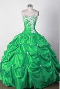 Lovely Sweetheart Green Dresses for Quincenera with Pick-ups and Appliques