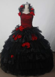 Fashionable Halter Black and Red Quincenera Dresses
