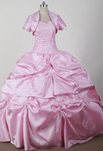 Discount Sweetheart Qunceanera Dresses with Beading and Pick-ups for Cheap