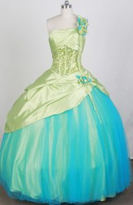One Shoulder Spring Green Quinceanera Dresses with Beading and Flowers